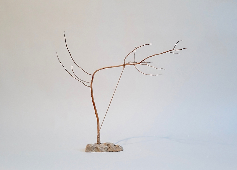 2018_wood_string_and_stone_30cm_high